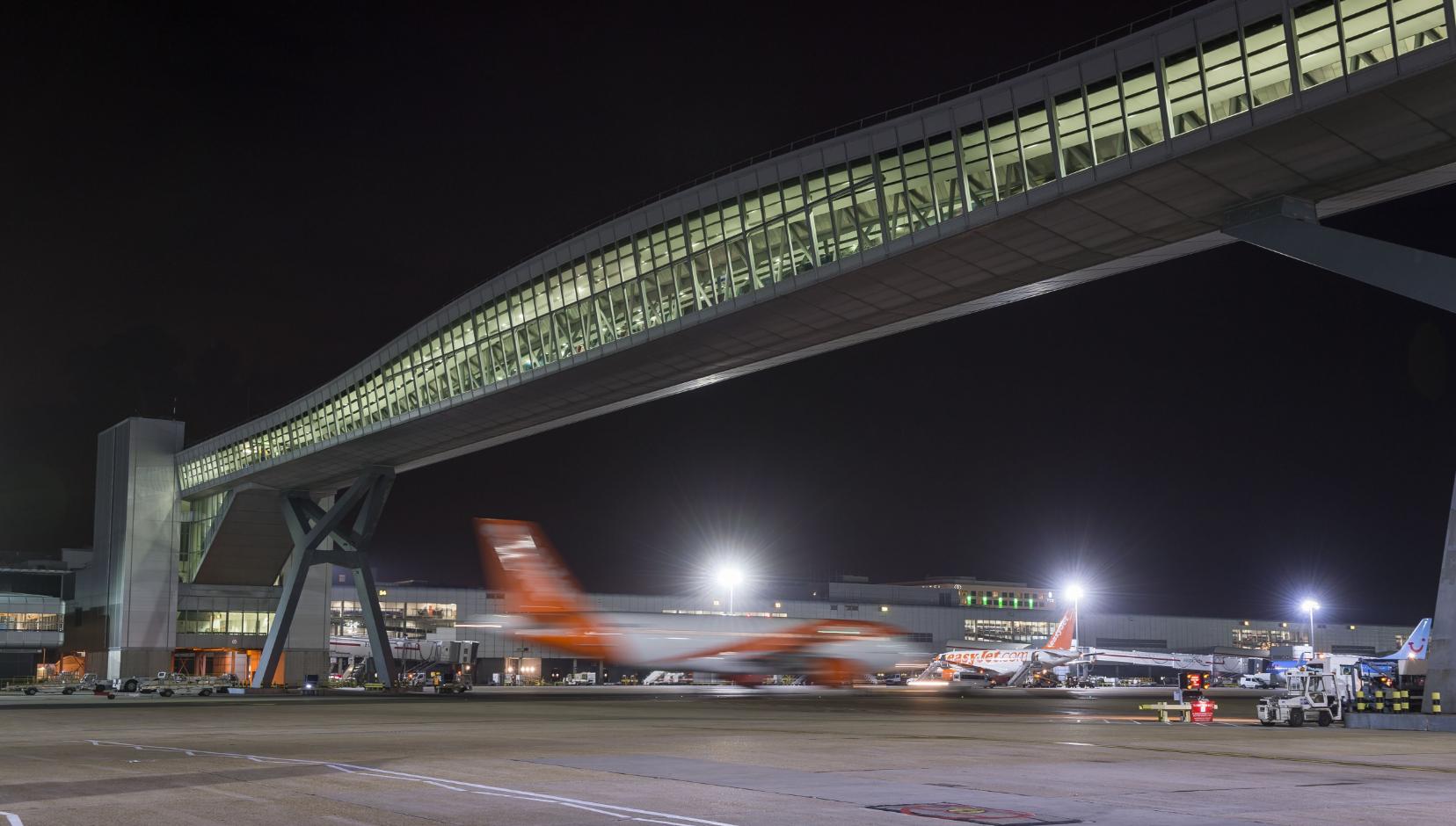Gatwick Airport - Aviation Lighting
